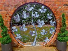 Fabulous circular gates - maple leaf design - David Freedman