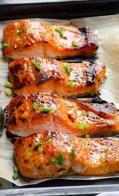 Thai Baked Salmon Recipe contains 3 ingredients and takes 15 minutes. Out of this world baked salmon recipe! (Clean Eating Thai Sweet Chili recipe link as well) Seafood Dishes, Seafood Recipes, Cooking Recipes, Healthy Recipes, Salmon Dishes, Fish Dishes, Clean Food Recipes, Salmon Food, Salmon Skin