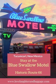 If you're traveling on Route 66 in New Mexico in the U.S., be sure to stay at the Blue Swallow Motel in Tucumcari. You'll feel like you've stepped back in time when the sun goes down and the neon lights come on. #route66 #roadtrip #UnitedStates #NewMexico #route66motel #vacation #familyvacation #BlueSwallowMotel Airline Reviews, Travel Reviews, Blue Swallow Motel, Travel Usa, Travel Tips, Small Boutique Hotels, America City, Us Destinations, Road Trip Hacks