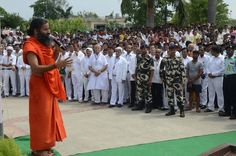 #yoga guru baba ramdev addressing at the occasion of 69th independence  day at patanjali yogpeeth haridwar.