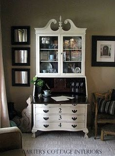 Shades of Amber: Weekly Annie Sloan Chalk Paint Link Party Painted Secretary Desks, Antique Secretary Desks, Painted Desks, Refurbished Furniture, Repurposed Furniture, Furniture Makeover, Dresser Makeovers, Chalk Paint Furniture, Furniture Projects