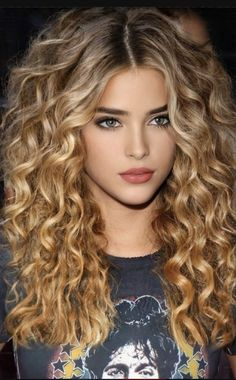 Beauté Blonde, Blonde Beauty, Hair Beauty, Beautiful Models, Beautiful Eyes, Most Beautiful Faces, Hair Today, Woman Face, Indian Beauty