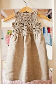 Vestido de lino a crochet