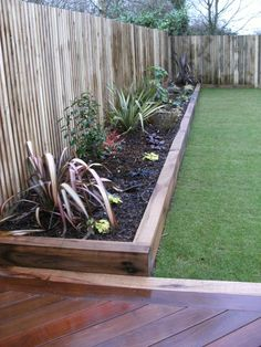 Garden Design Portfolio - Materials and Features – Raised Borders & Planters - New Leaf Landscapes, Hampshire
