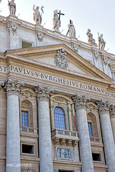Central balcony of St. Corinthian Order, Beautiful Homes, Beautiful Places, St Peters Basilica, Sistine Chapel, Vatican City, Historical Architecture, Rome Italy, Roman Catholic