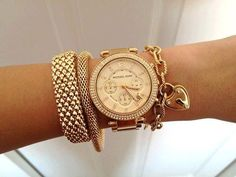 Love this watch!  Bracelets? Yes please!  Repin & Follow my pins for a FOLLOWBACK! http://astore.amazon.com/beswatlov-20/search?node=268&keywords=fashion%20watch&page=1