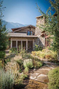 miller-architects-paradise-mountain-lodge-exterior-05