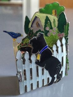 Sterling-Enamel-Black-Labrador-Brooch-hinged-fence-scene