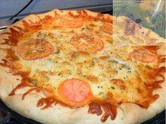 Hoje é sábado, dia de pizza! Ainda dá tempo de você preparar a sua.  Que tal colocar a mão na massa e fazer uma pizza Pan? A pizza que não s...