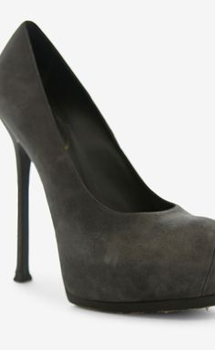 Yves Saint Laurent Grey Pump