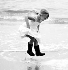 Life's simple pleasures Cute Kids, Cute Babies, Jumping For Joy, Puddle Jumping, Wow Photo, Foto Fun, Pics Art, Simple Pleasures, Beautiful Children