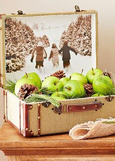 DIY Christmas photo display: how to create a photo lunchbox decoration. Here's how: http://www.midwestliving.com/holidays/christmas/6-diy-christmas-photo-projects/?page=3