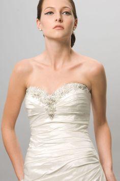 Cute Sheath/Column V-Neck Court Chiffon Wedding Dress 2014 New Style at Storedress.com
