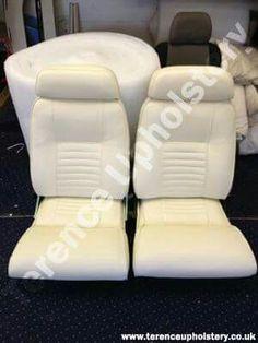 White vinyl car seats Car Seat Upholstery, Smart Car, White Vinyl, Car Seats, Classic Cars, Home Decor, Decoration Home, Room Decor, Vintage Classic Cars