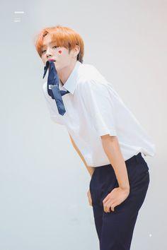 School Boy, Youngjae, Kpop Boy, Jaehyun, Boys Who, My Sunshine, Boy Groups, Rapper, Handsome