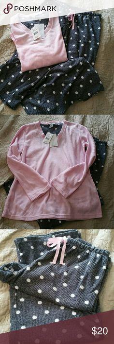 Hanes fleece pajama set Pink shirt & white polka dotted grey pants.  Super soft stretchy corduroy fleece. Hanes Intimates & Sleepwear Pajamas