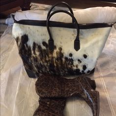 Satchel piney hair Beautiful white and brown piney hair satchel leather trim Princess Bags Travel Bags
