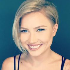 You can't even imagine how many mesmerizing short hairstyles for women over 40 there are. Undercut Hairstyles Women, Short Hair Undercut, Pixie Hairstyles, Short Hairstyles For Women, Cool Hairstyles, Hairstyle Short, Braided Hairstyles, Hairstyles For Over 40, Short Hair Cuts For Women With Round Faces