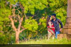 Candid Wedding Photography in Villupuram, As photographers, we generally love to shoot traditional village weddings. Indian Wedding Poses, Pre Wedding Poses, Couple Photography Poses, Wedding Photography, Romantic Love Images, Love Photos, Couple Shoot, Wedding Photoshoot, Candid