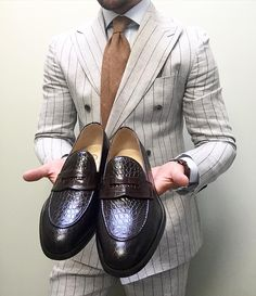 Wearing today this beautiful croc penny loafers. Nothing can go wrong (at Greenwich, New York)