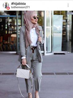 #hijabioutfitscasual Muslim Fashion, Modest Fashion, Hijab Fashion, Fashion Outfits, Casual Hijab Outfit, Hijab Chic, Casual Outfits, Office Outfits Women, Mode Outfits