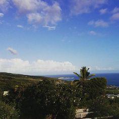 Entre ciel et terre #landscape #landscape_lovers #LaReunion #IleDeLaReunion #gotoreunion #ReunionParadis #974 #island #islandlandscape #weare974 #view #amazing #sky#skyporn #home #sunday #latergram