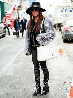 Janet Mandell, Blogger at Fashionaholic.com #chanel #st.laurent #saintlaurent #stlaurent #givenchy #euginiakim #newyorkfashionweek #nycfashionweek #nycfashion #nycstreetstyle #newyorkstreetstyle #newyorkfashion
