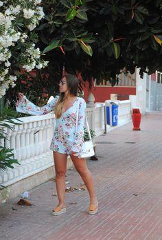 Pastel Blue & Floral Print Playsuit. Summer casual chic look. Trendencies