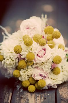 wedding flowers To find more wedding planning tips, DIY, dress ideas and more GO TO: www.endingiseternity.com