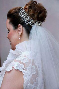 Enfeite de cabelo para noiva em crochê de metal