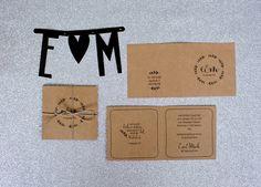 Flowerwreath - Einladungen auf Naturkarton von Stennie Photography auf DaWanda.com