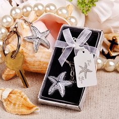 This brilliant starfish key chain is a beach themed favor that your guests will surely treasure.