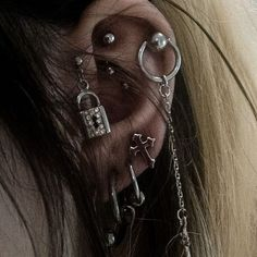 ~ Her piercings Ear Jewelry, Cute Jewelry, Body Jewelry, Jewellery, Jewelry Accessories, Piercing Original, Cool Ear Piercings, Grunge Jewelry, Tattoo Und Piercing