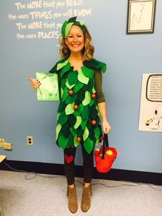 Karneval The Giving Tree Halloween Costume Water Fountains as a gateway for relaxation Article Body: Tree Halloween Costume, Teacher Halloween Costumes, Tree Costume, Up Halloween, Vintage Halloween, Halloween Makeup, Book Costumes, World Book Day Costumes, Book Week Costume