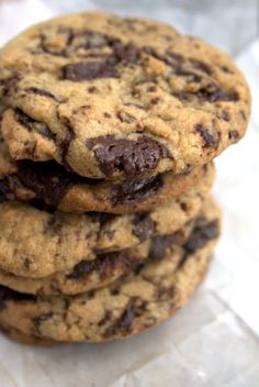 The 50/50 Cookie Recipe ~ This recipe comes to you from the esteemed pastry chef and chocolate connoisseur Jacques Torres via The Tender Crumb. The New York Times calls it the best cookie recipe ever. I personally call it the 50/50 cookie because it has a chocolate to cookie ratio of 1:1. Let me say that again. For every one part cookie there is one part chocolate. Yuh-huh. It's awesome!
