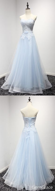 Hot lace and tulle style