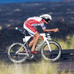 In 2015 this bike helped @janfrodeno become the first ever Olympic Champion who won the #IMKona World Championship. . Featured on @canyon_bikes | Photo by Ingo Kutsche .  #bicycle #bicicleta #cyclist #cycle #strava #ciclismo #fixie #roadcycling #fixedgear #cyclingphotos #stravacycling #bici #campagnolo #cyclingshots #bicicleta #cyclinglife #outsideisfree #stravaphoto #garmin #rapha #igerscycling #fahrrad #velo #bicicletta #ciclista #bisiklet #peloton #triathlon #lovemybike