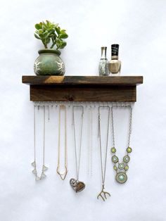 Necklace Holder holds 23 necklaces or from TheKnottedWood on Etsy - Diy Jewelry Idea Diy Jewelry Holder, Jewelry Hanger, Diy Organizer, Jewelry Organization, Bracelet Organizer, Jewellery Storage, Jewellery Display, Jewellery Stand, Jewellery Boxes