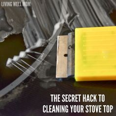 Ready to know the secret to getting a glass stove top clean? Click to read - it is GENIUS!!! Cleaning Flat Top Stove, Clean Stove Top, Best Mom, Cleaning Hacks, The Secret, Glass, Kitchen, House, Ideas