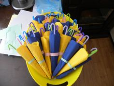 Only cuter. With a wooden handle somehow and blue napkins. Rain Baby Showers, Rain Shower, Shower Party, Sprinkle Shower, Baby Sprinkle, Baby Shower Themes, Baby Boy Shower, Shower Ideas, Umbrella Baby Shower