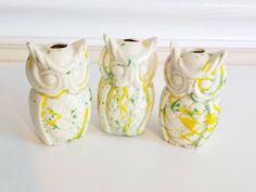 Vintage Macrame Bead, OWL Bead, Splatter Ceramics, Animal Macrame Bead, BOHO Decor, Kitsch, Kawaii, Macrame, Splatterware, Large Bead, 1970s https://etsy.me/2GALDj3 #supplies #white #yes #yellow #kawaii #junkyardblonde #animalmacramebeads #kitschy #macrame