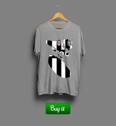 Juventus рваная футболка | #Ювентус  #Juventus #Football #Club #Vecchia #Signora #tshirt #футболки #футбол #logo