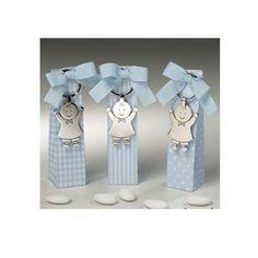Sets de regalo para #bautizos o babyshowers con divertidos llaveros y peladillas de chocolate. #Regalos #Comuniones