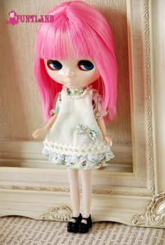 Lovely dress #blythe #dal #pullip #tiny #miniature #mini