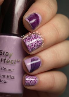Feather Nails design