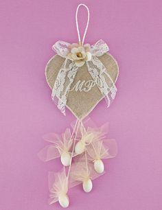 bomboniere Μπομπονιέρα Γάμου Καρδιά από Λινάτσα με Μονογράμματα