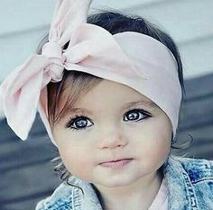 Unique Baby Names, cute girl names and cool boy names with name meanings. Popular baby names and name origin. Precious Children, Beautiful Children, Beautiful Babies, Beautiful Eyes, Simply Beautiful, Baby Girl Names 2016, Baby Names, Baby Girl Blue Eyes, Beautiful Baby Girl Names