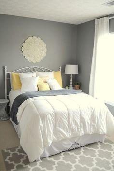 Outstanding You Have Must Have It : 121 Incredible Guest Bedroom Design Ideas https://decoor.net/you-have-must-have-it-121-incredible-guest-bedroom-design-ideas-6046/