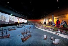 The museum's showpiece is a model of the Reede van Texel of 18 x 4 metres.  The model shows in detail the impressive spectacle of hundreds of ships along Texel's coast. Special viewers allow visitors to zoom in on these scenes, and show exciting animations. (photograph by Thijs Wolzak)