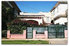 Fachada principal Sidewalk, Havana, Hotels, Apartments, Side Walkway, Walkway, Walkways, Pavement